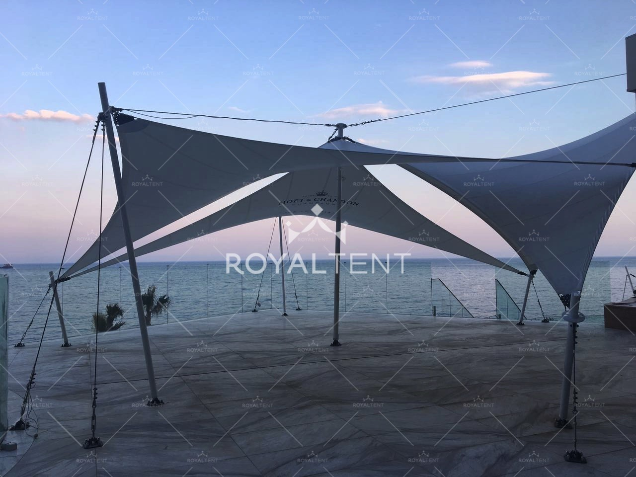 https://royaltent.me/houses_images/tent3_2_200116082338.jpg